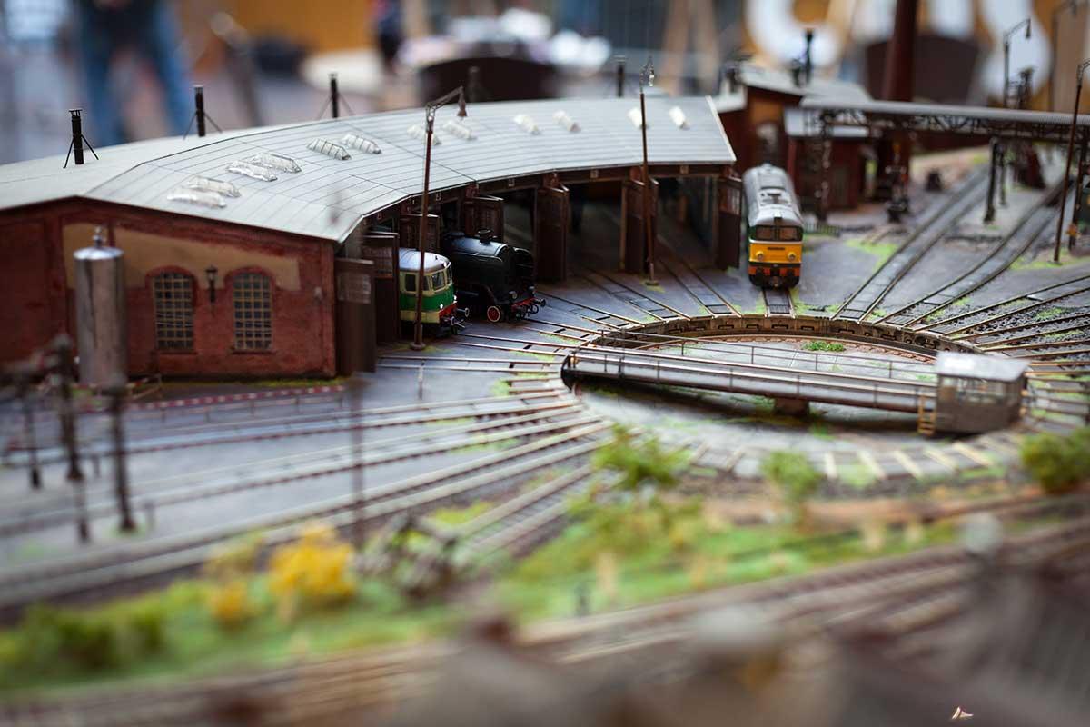 modellbahning Modellbahn mit Drehscheibe