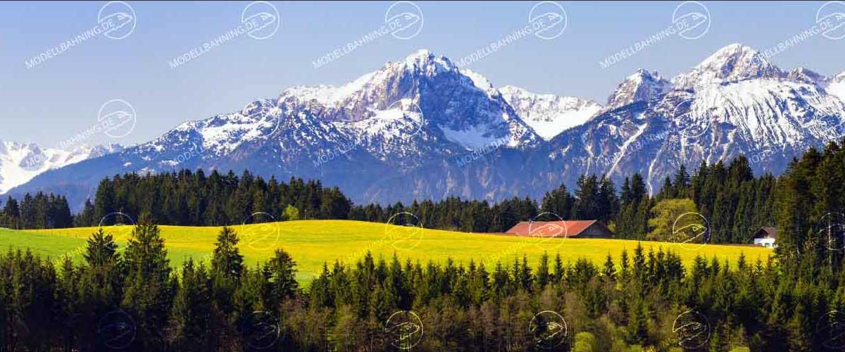 Modellbahnhintergrund auf 3 x 0,5 Meter Landschaft in Bayern mit Alpenpanorama Modellbahnhintergrund auf 3 x 0,5 Meter