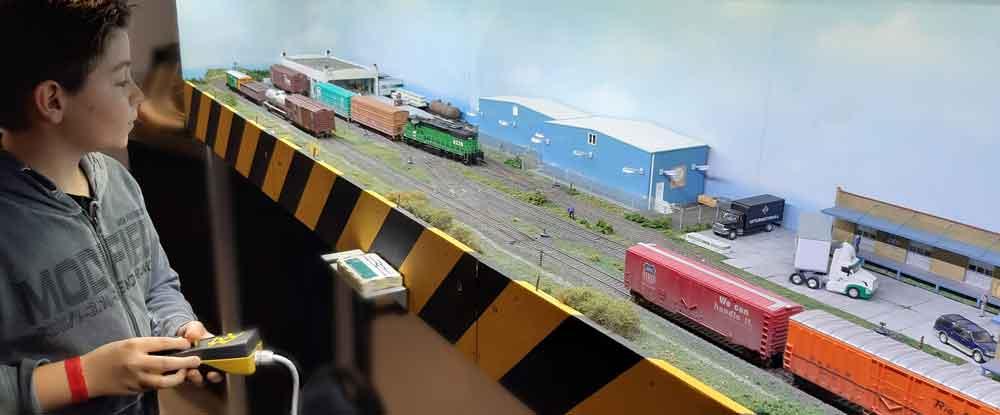 Begeistert vom Rangierspiel - Modellbahn auf kleinem Raum