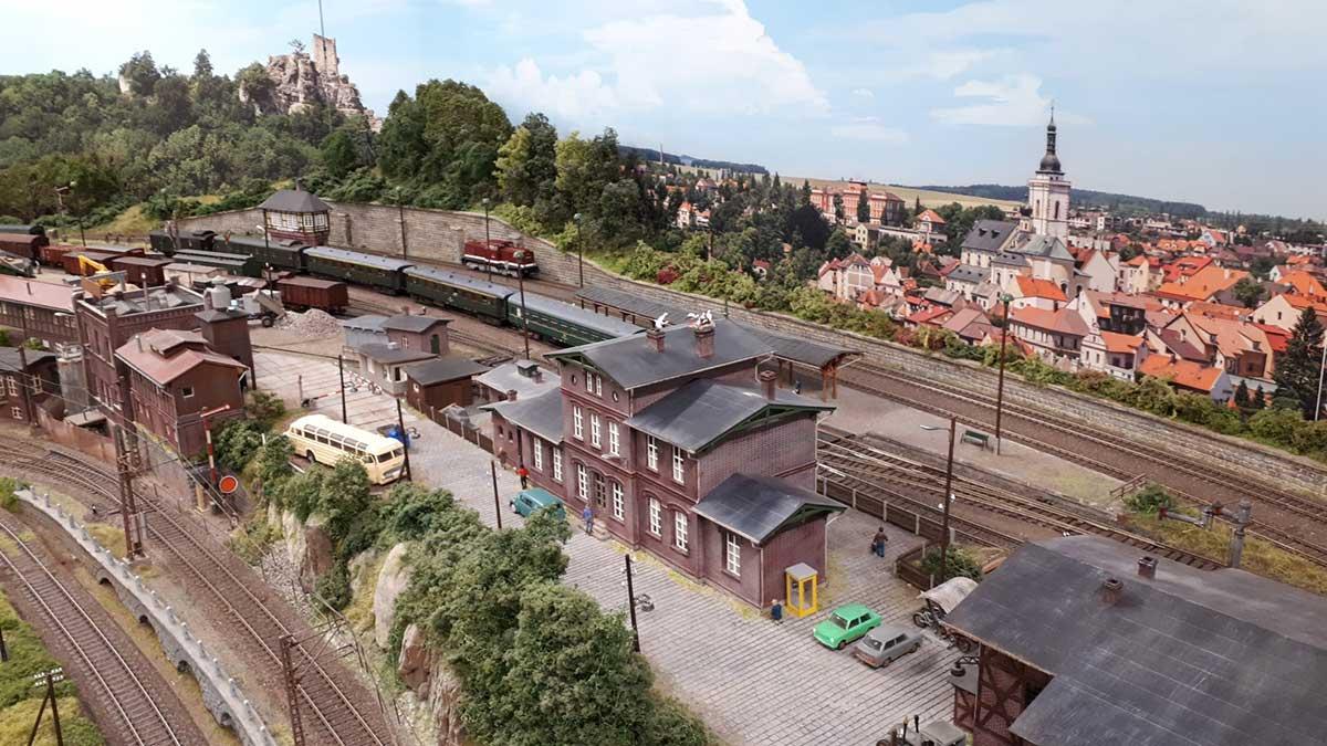modellbahn-hintergrund-kleinstadt-modellbahning-002 3