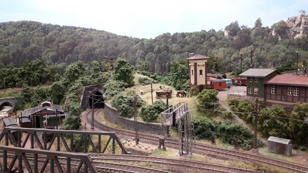 """Hintergrund """"Kleinstadt i.O."""" im Einsatz - Detailfoto"""