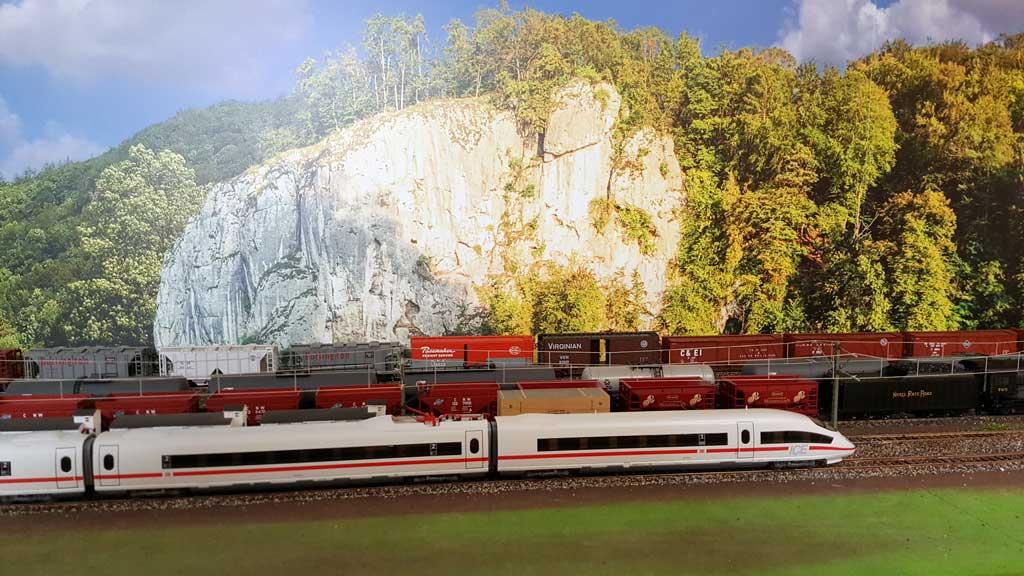 modellbahn-hintergrund-von-modellbahning-christian-toelg-005 3
