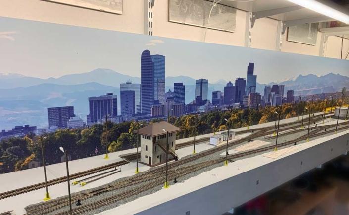 """Kundenfoto: Modellbahnhintergrund """"Denver Skyline"""" Björn Christoph"""